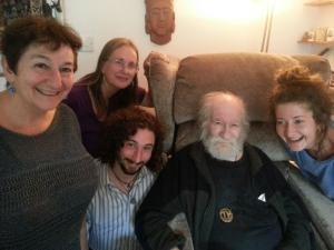 Dad Maureen & Ros & Kids Aug'14 (4)